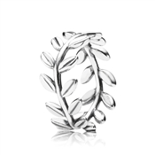 PANDORA Laurel Leaves Wreath Ring