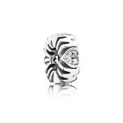 Pandora Heart Gold Ring with cubic zirconia