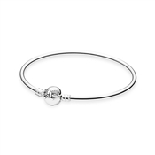 PANDORA Moments Bangle with Dainty Bow