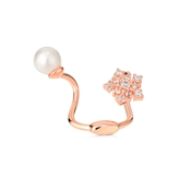 Dirty Ruby Outlet Rose Gold Pearl Flower Ear Cuff