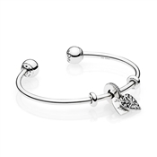 PANDORA Ice Crystal Heart Open Bangle