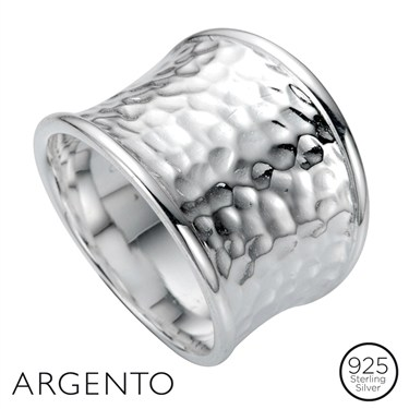 Argento Hammered Shield Ring