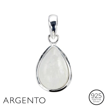 Argento Moonstone Pendant and Chain - Click to view larger image