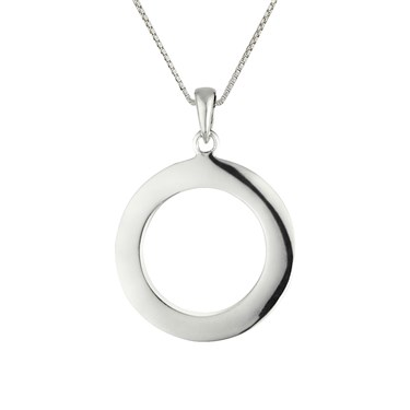 Argento Circle Necklace   - Click to view larger image