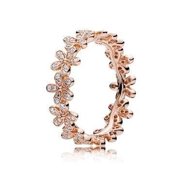 Pandora Dazzling Daisy Band Ring