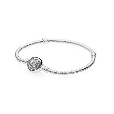 PANDORA Moments Sparkling Heart Bracelet