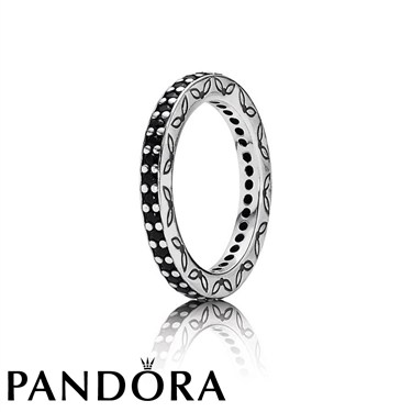 Pandora Black Zirconia Ring