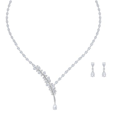 Swarovski Nice Necklace + Earrings Set   - Click to view larger image