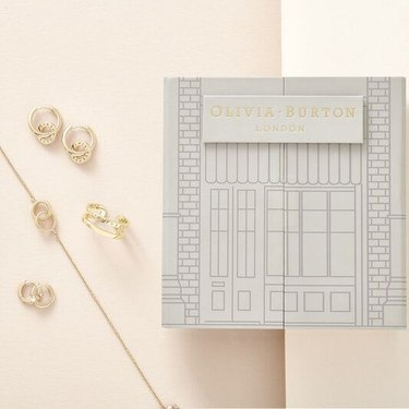 Olivia Burton House Of Classics Gold Set   - Click to view larger image