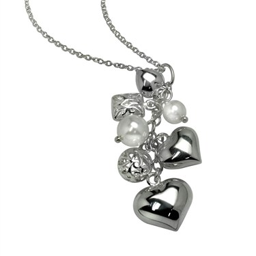 Argento Cluster Heart Pearl Necklace