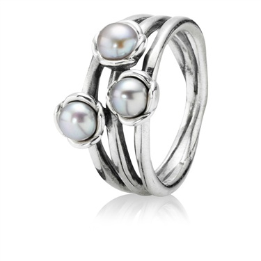 Pandora Triple Bloom Grey Pearl Ring