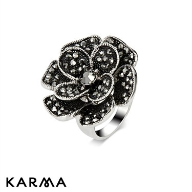 Karma Gunmetal Flower Ring