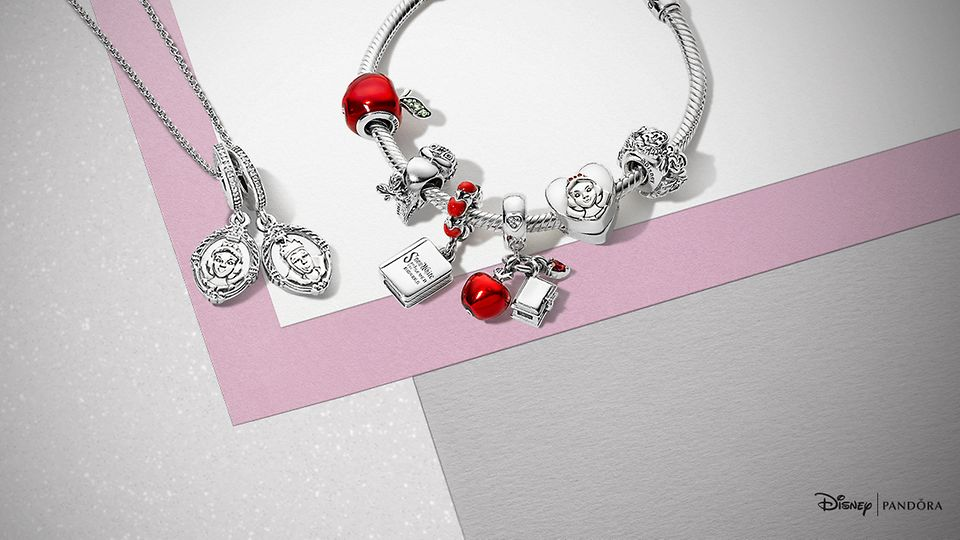 PANDORA Disney Snow White Autumn Argento